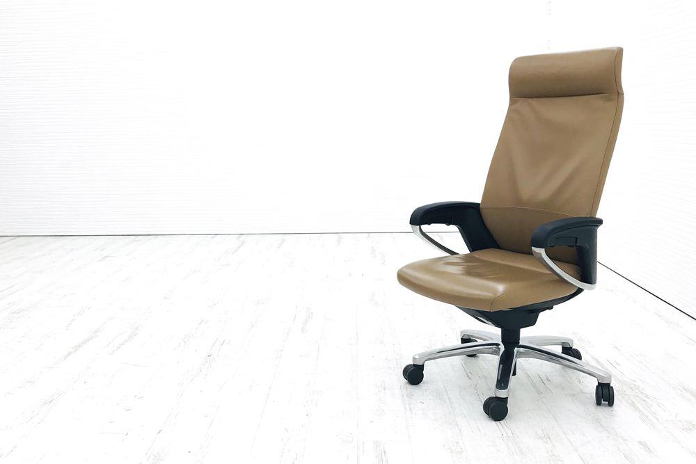コクヨ 役員チェア マネージメントチェアー フィロソフィー ヘッドレスト付 オフィスチェア 椅子 会議椅子 レザー 中古オフィス家具の画像