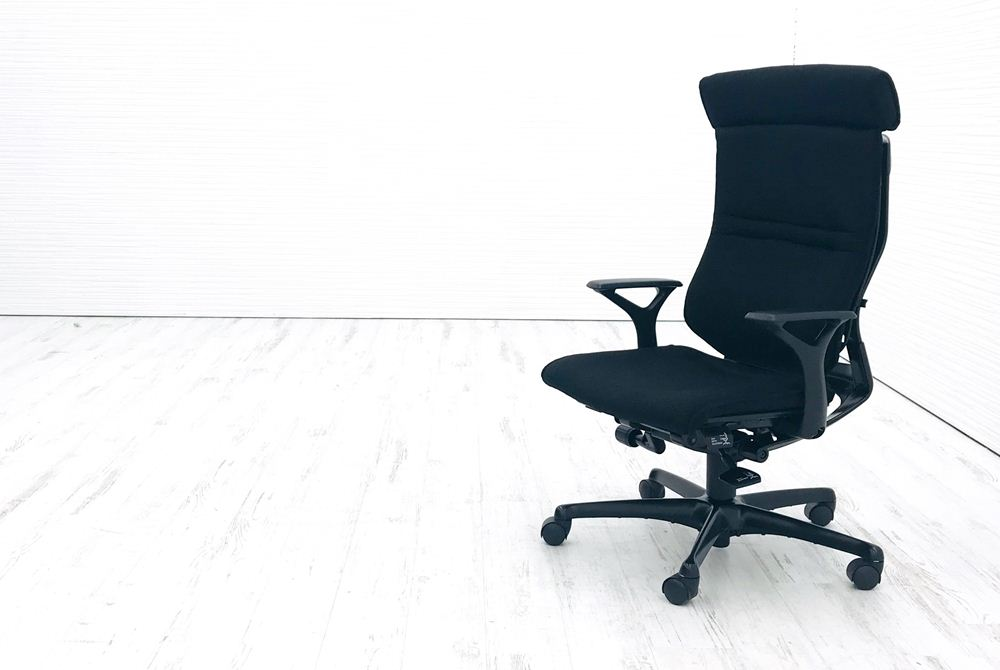 エルシオチェア オカムラ 中古 エルシオ 可動ヘッドレスト クッション 固定肘 ブラック 中古オフィス家具 CR57ME FAE1の画像