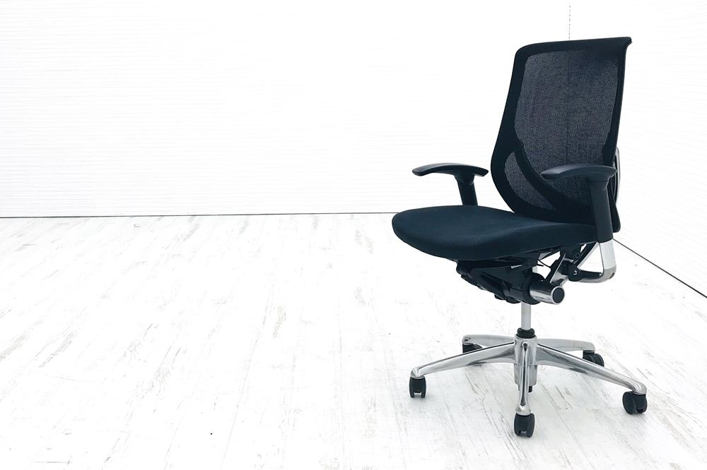 ゼファーチェア 中古 オカムラ オフィスチェア ゼファー 中古オフィス家具 Zephyr クッション メッシュ CY95ZT ブラックの画像