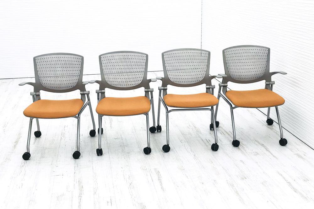 オカムラ 【4脚セット】グラータチェア 中古 事務椅子 ミーティングチェア 会議椅子 オフィスチェア 4本足 オレンジ 中古オフィス家具 の画像