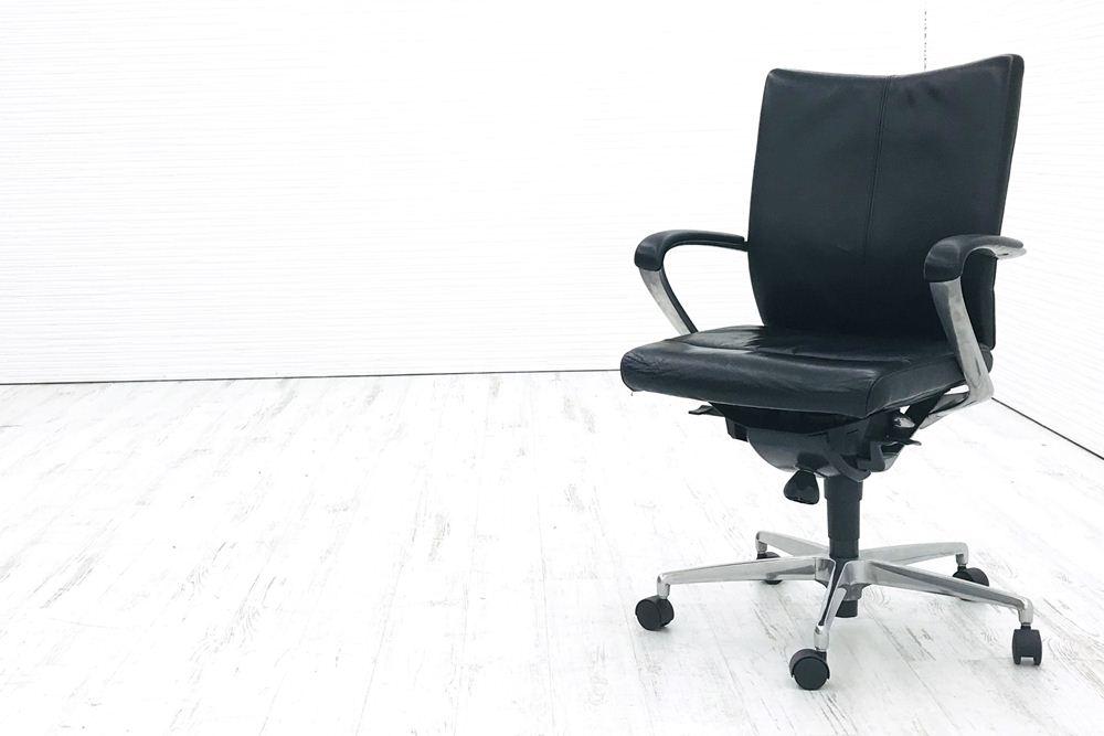 イトーキ プレクサスチェア 役員チェア 役員家具 ミドルバック エグゼクティブチェア 中古オフィス家具 KWE-665LE-Z9T1の画像