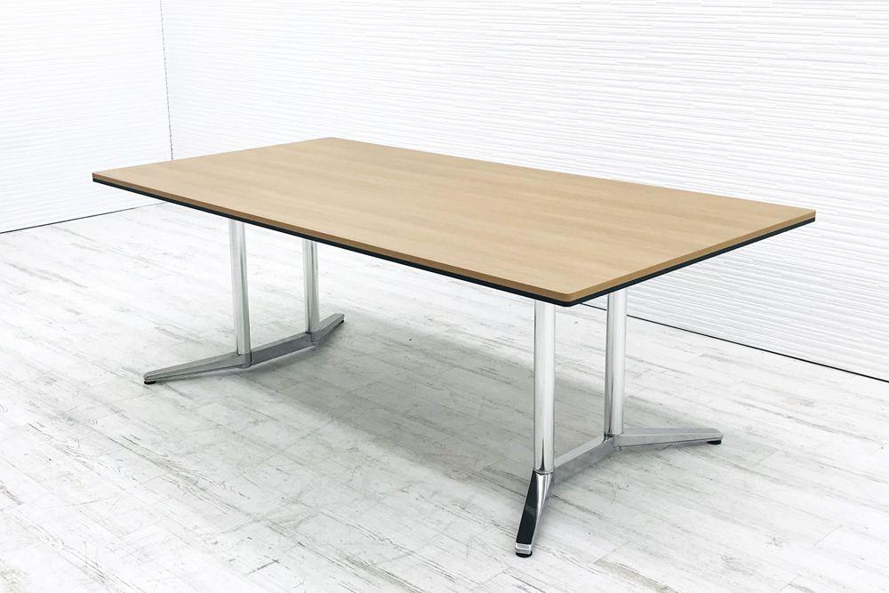 オカムラ ラティオⅡ 中古 W2100×D1100mm×H720mm 幅2100 ミーティングテーブル 4L264B 会議机 中古オフィス家具の画像