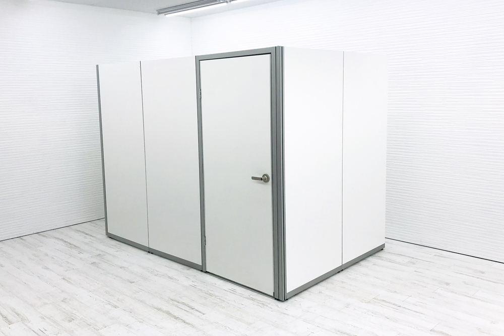オカムラ パーテーション 【ドア1枚×板4枚セット】 延長可能 パーティション 中古パーテーション ホワイト 間仕切り 幅800mm 高1900mm の画像
