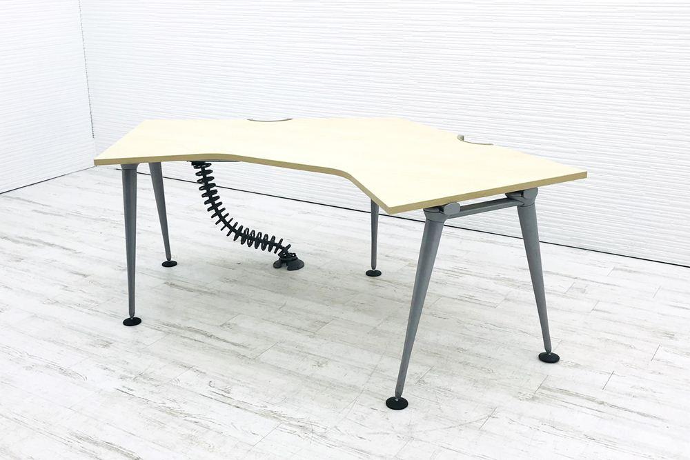 ハーマンミラー ブーメランデスク W(1200×1200mm)×D800mm×H720mm 中古 中古オフィス家具 オフィスデスク 机 事務机の画像