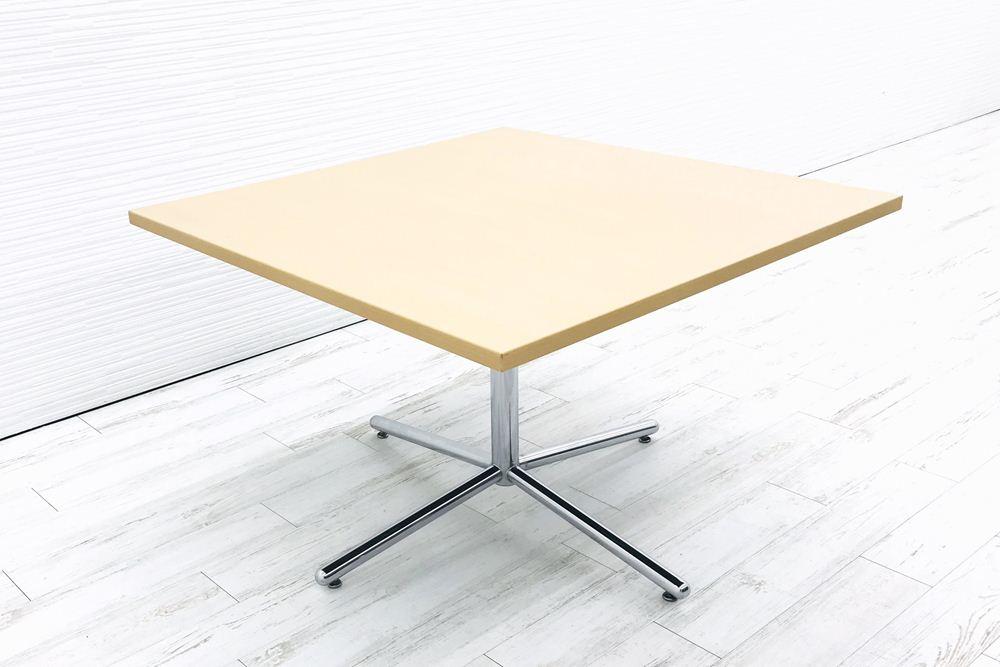 ホウトク カフェテーブル 中古 ダイニングテーブル ミーティングテーブル 休憩室用テーブル 四角 木製 木目 おしゃれ 中古オフィス家具の画像