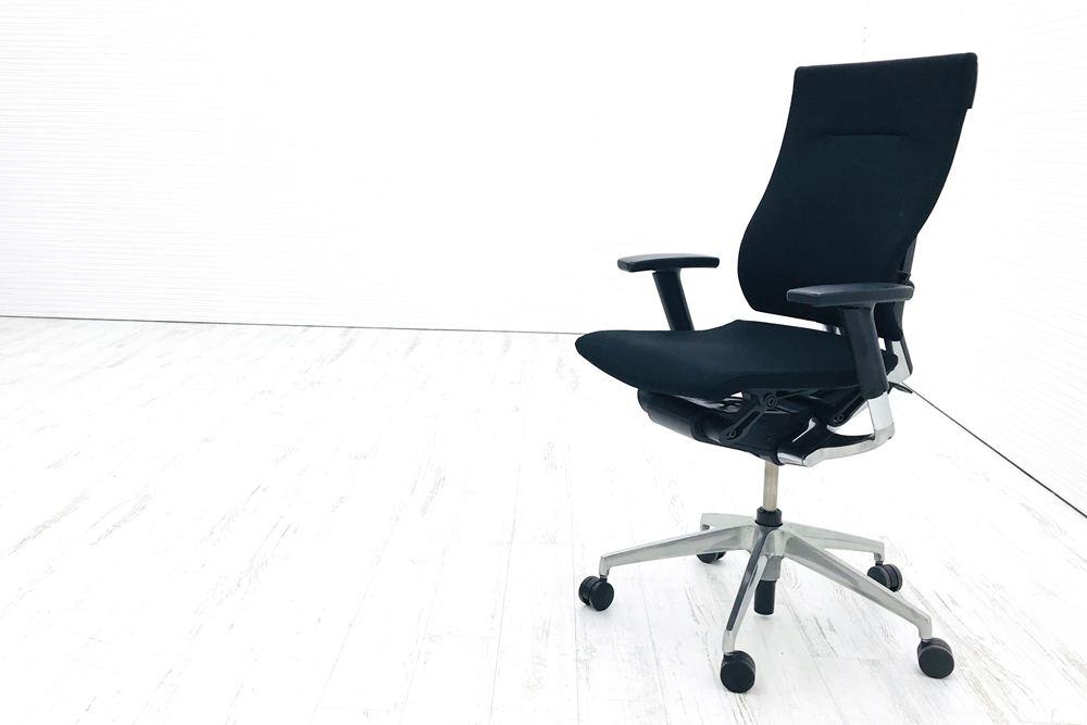 スピーナチェア 中古 イトーキ クッション オフィスチェア スピーナ 可動肘 中古オフィス家具 KE-717GP-T1T1 ブラックの画像