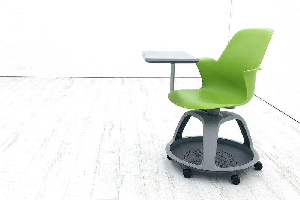 スチールケース 中古 ノードシリーズ ミーティングチェア 多目的チェア 480120 会議椅子 学習チェア 教育用チェア 中古オフィス家具 ワサビの画像