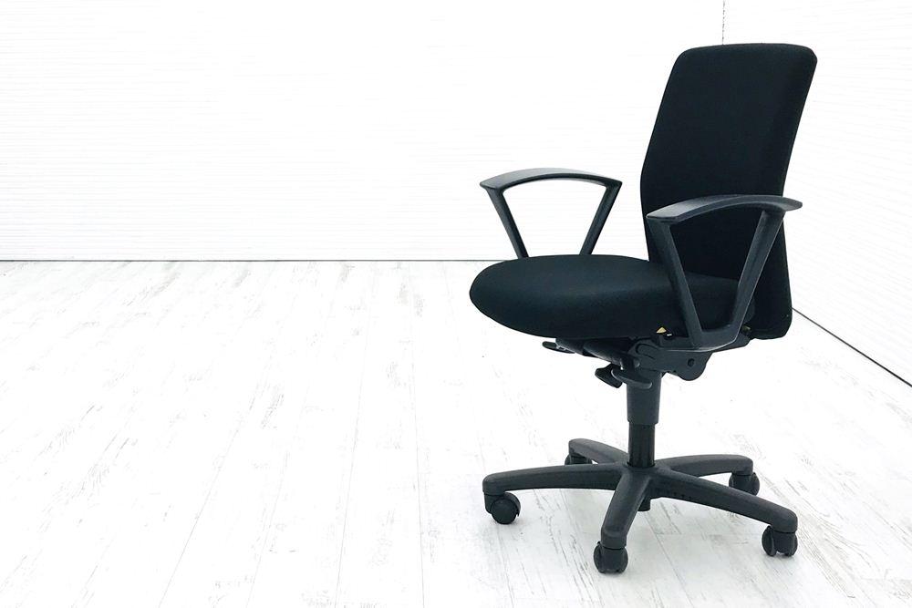 ブロスチェア 中古 オフィスチェア イトーキ ブロス クッション 固定肘 ブラック 事務椅子 ITOKI 中古オフィス家具 KCS-845CCの画像