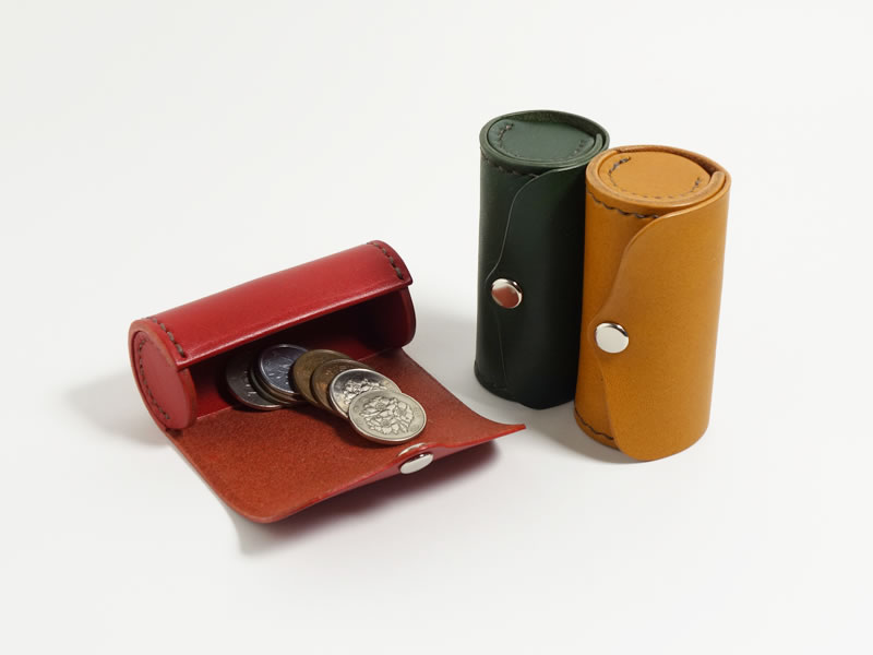 手のひらに収まる 本革製 円筒型コインケース シャチハタ・リップも収納可【受注生産/革5色・糸10色】の画像