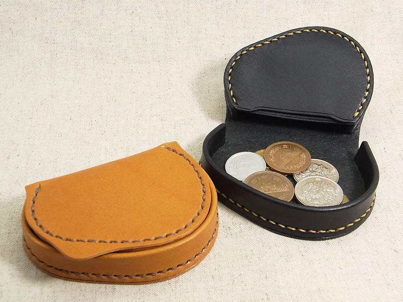【受注生産】 手に馴染む形で、小銭も取り出しやすい 本革製 変型馬蹄型小銭入れの画像