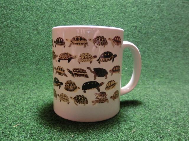 リクガメだらけのマグカップの画像