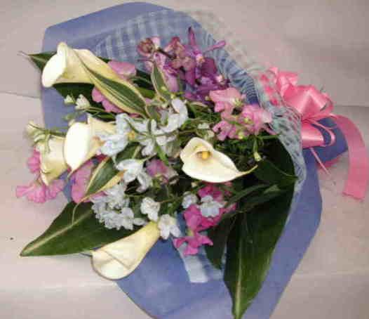 【カラークラッチ】季節の小花ブーケの画像