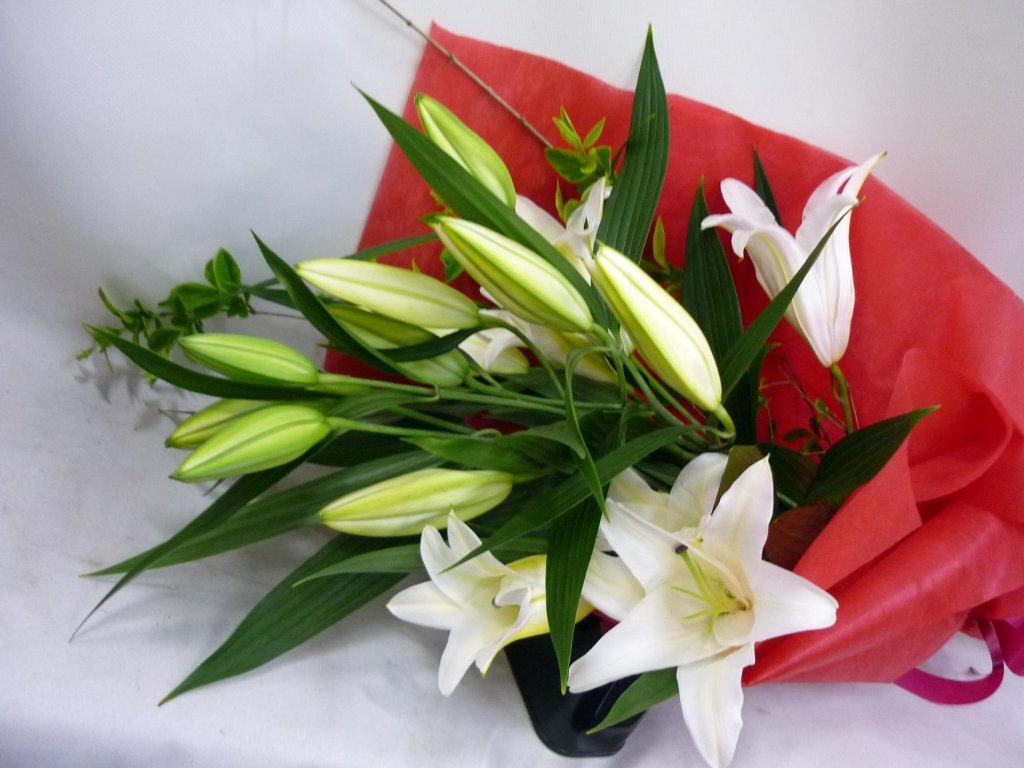 純真オリエンタルリリーの花束 121の画像