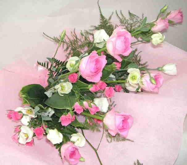 【ローザピンク】 バラたくさんの花束画像