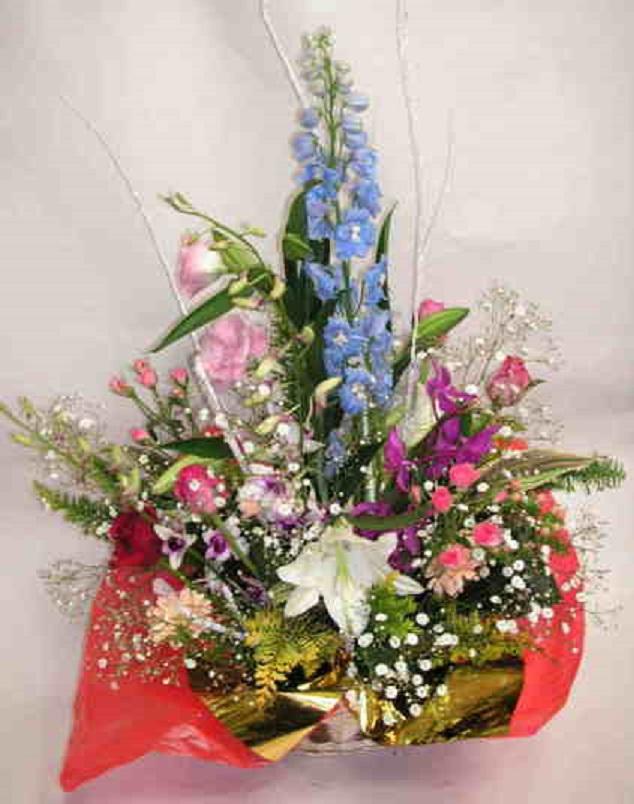 【ハートウィッシュ】 純白ユリと蘭のアレンジメントの画像