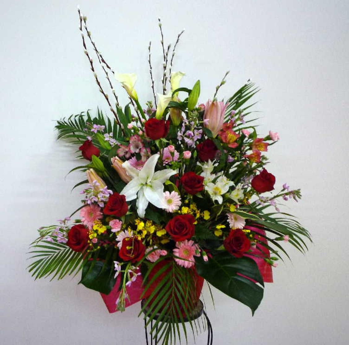 【セレブフラグランス】 バラとユリと蘭のアレンジメント画像
