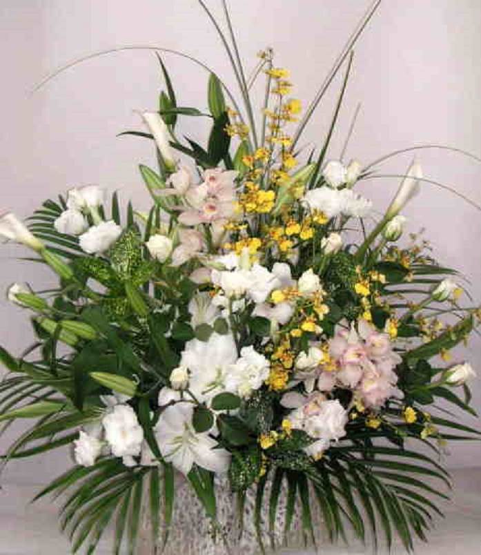 【レクイエムベル】 蘭とユリのかご花画像