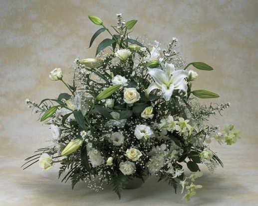 【メモリアル・パナシェ】 ユリとバラと蘭のアレンジメント画像