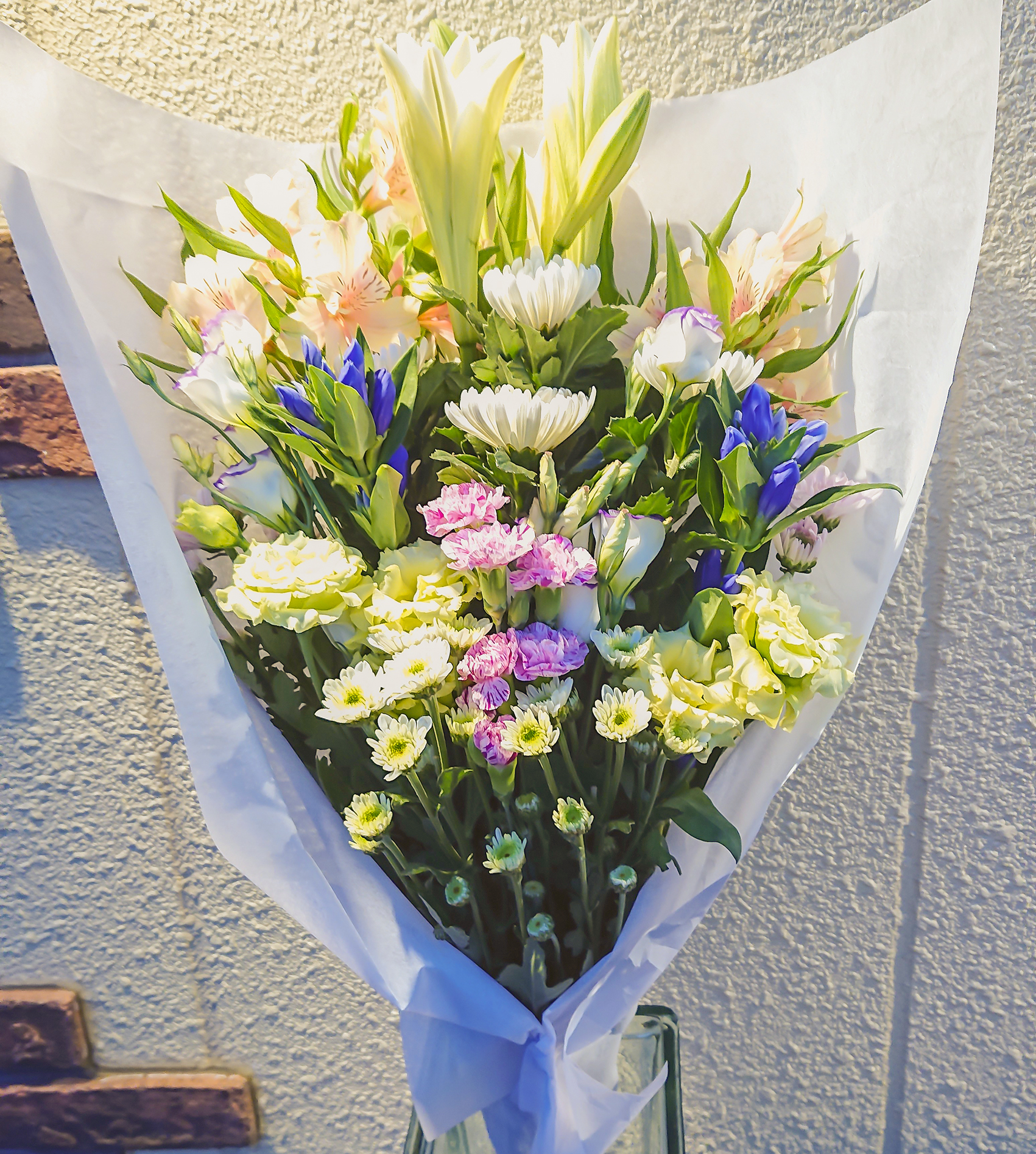 御供花束[菊と洋花ミックス・白ベース・紫・ピンク]画像